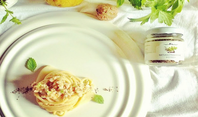 Spaghetti with pears, walnuts and grain of Pesteda Vis