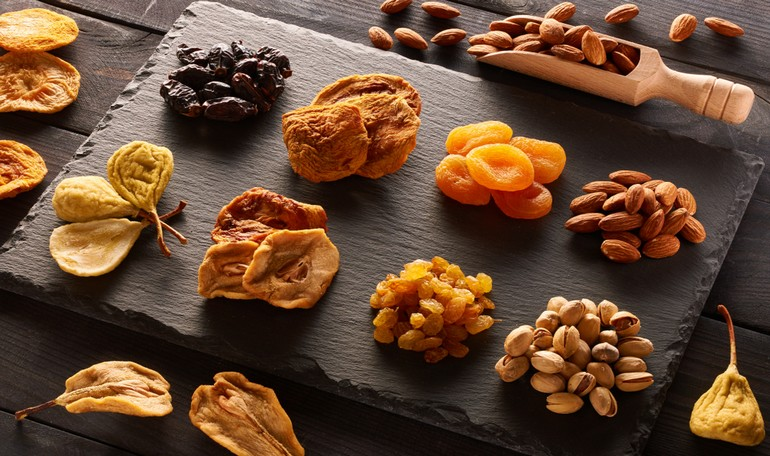 Dried fruits: an healthy home made snack