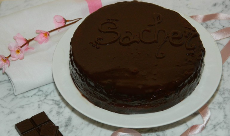 Sacher with bitter chocolate